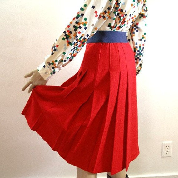 1960s Skirt / 60s Red Wool SCHOOL GIRL Skirt / Stitched Down Pleated / Size Small