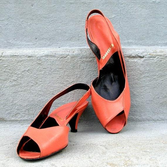 Vintage 1980s Heels Kitten Heels TANGERINE Tango Coral Slingbacks 9N