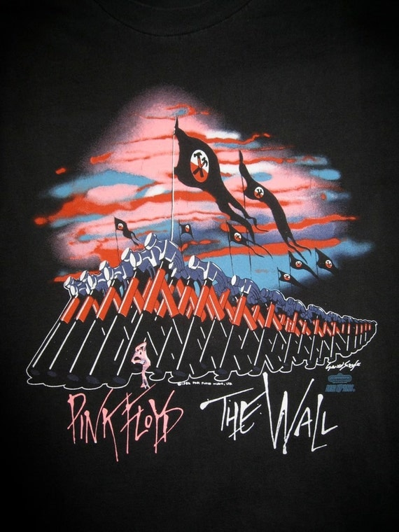 Original Vintage 1982 Pink Floyd the Wall Marching Hammers 80s Rock Band T-shirt size Large