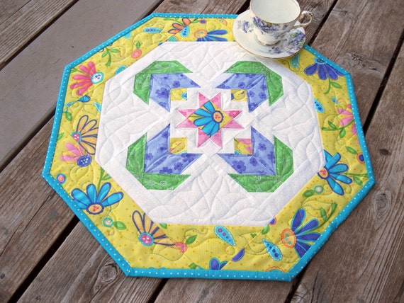 Purple Posies 19 inch quilted table octagon