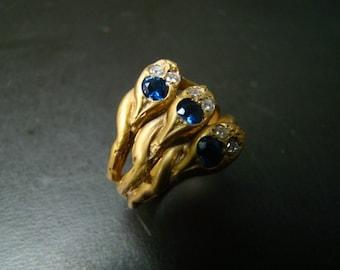 14K Cornflower blue sapphires / diamonds snake ring