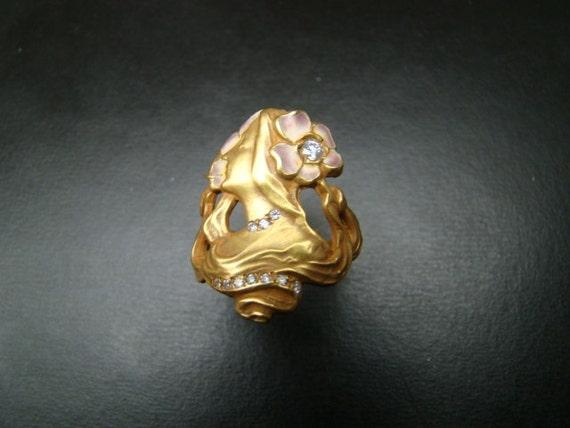 Unique 18k Gold Art Nouveau style ring with diamonds and enamel