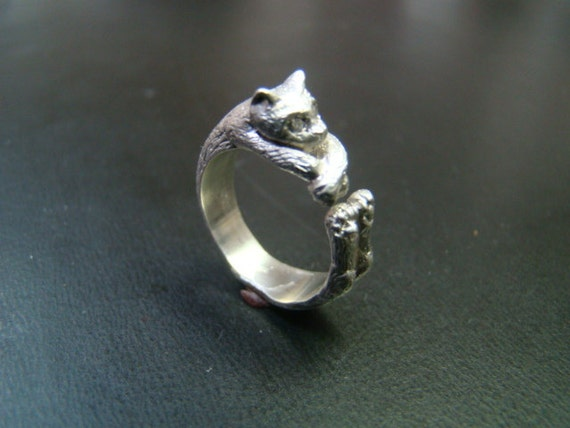 Adorable Sterling Silver Relaxing Cat Ring