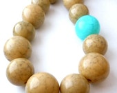 Big beaded necklace handmade beige and turquoise