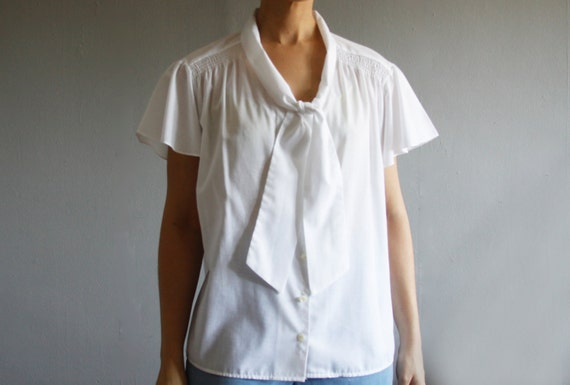 1970's white summer blouse xxl . vintage plus size secretary blouse