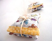 Colorful Lavender Sachets . Baby shower gift favor. Ecofriendly Gift. Aromatherapy Sachet. Home Decor. Housewarming Gift. Bird Print Fabric.