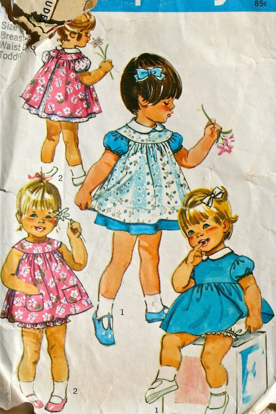 vintage 70's girls / toddlers dress and pinafore, size 1 breast 20