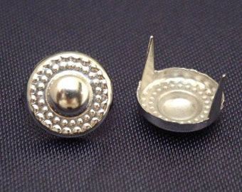 50pcs 10mm Silver VINTAGE Circle ROUND with spots Point Studs
