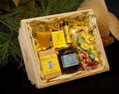 Chamomile Honey Gift Basket by Queen Bee Honey in Massachusetts