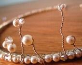 Simple peal and crystal tiara