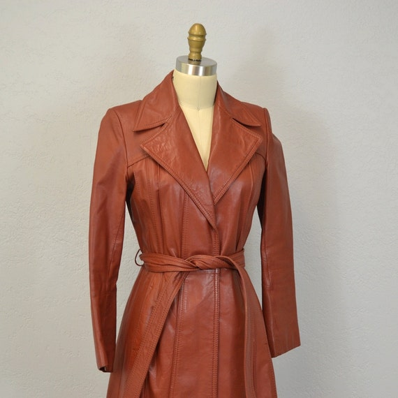 1970s Leather Spy Trench / rust brown / autumn fashion