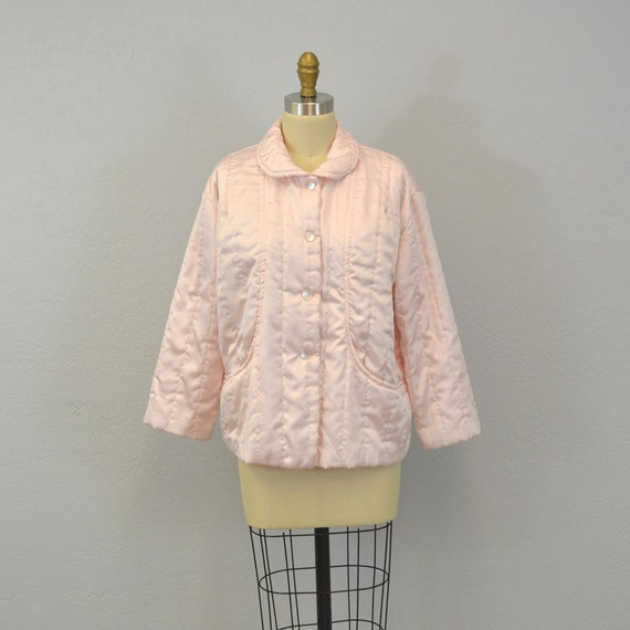 Quilted bed jacket / pastel pink / 1960s / feminine