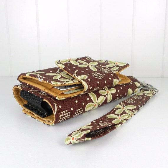 On Sale - The Errand Runner - Cell Phone Wallet - Wristlet - Prairie Rose in Piney Woods/Honey