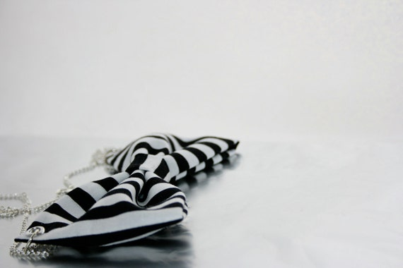 Black and White Stripe Bow Necklace