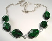 Elegant Emerald Green Glass Necklace Faceted Beads Necklace Emerald Green Necklace