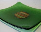 Transparent Grass Green Cabachon Embedded Kiln-Formed Fused Glass Server  133
