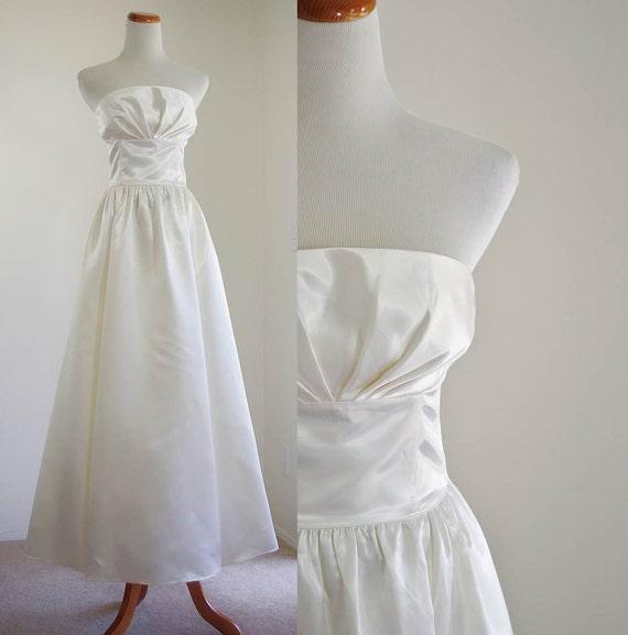 Vintage wedding dress gunne sax strapless floor length gown for Gunne sax wedding dresses