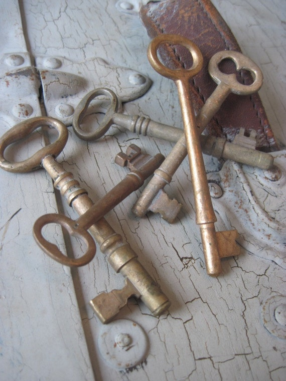 Antique brass skeleton key lot of rustic findings for shaby