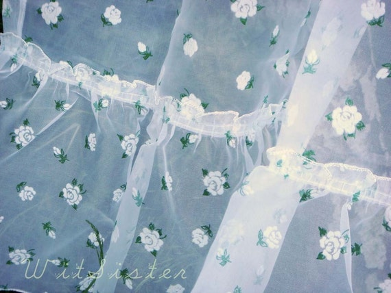 WHITE SUGAR Flocked Rose Vintage Curtain Set Cottage Chic with Valance NEW Unused