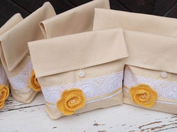Bridesmaids Clutches Set of 6 Natural Creamy Linen Pouches with Yellow Flower Linen Clutches