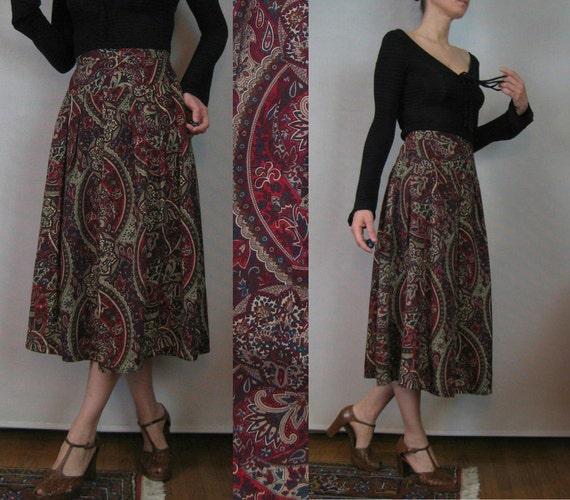 Vintage 70s Great Britain JEWEL TONES Paisley Pleated MIDI Skirt xs Small