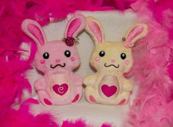 Lil' Bunny Plush Pals - In The Hoop Machine Embroidery Designs - 3 sizes