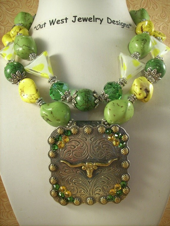 Cowgirl Necklace Set - Green and Yellow Howlite Turquoise with a Texas Longhorn Concho Pendant
