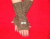 Cozy Stylish and Feminine  OWL HAND WARMERS Soft Comfy Warm