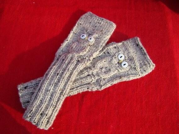 Holiday Sale!    OWL Hand WARMERS Oatmeal Gloves Warm Soft