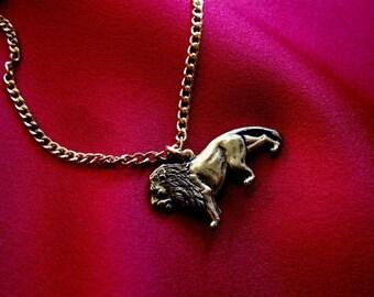 Proud Lion Charm Bracelet