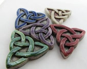 4 Large Triangle Knot Beads - mixed - LG476M
