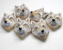 10 Large White Wolf Head Beads - LG73