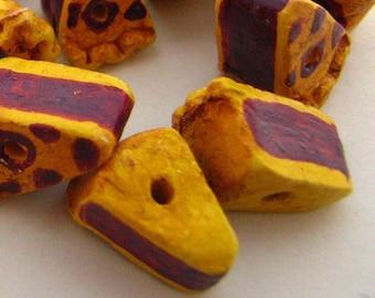 4 Tiny Berry Pie Beads - CB746
