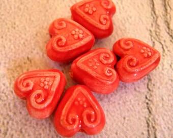 4 Ceramic Beads - Tiny Stylized Red Hearts - CB628