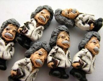 4 Tiny Ceramic Einstein Scientist Beads - CB727