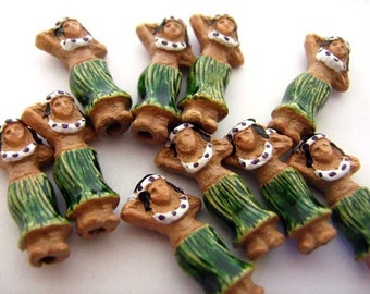 10 Tiny Hula Girl Beads