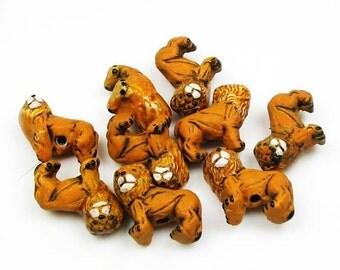20 Tiny Lion Beads