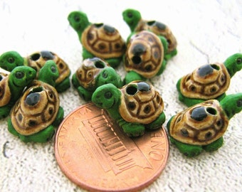 20 Tiny Turtles - green