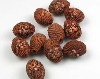 10 Tiny Hedgehog Beads - CB74