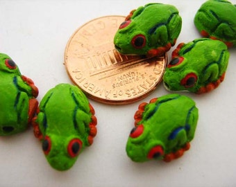 20 Tiny Tropical Frog Beads
