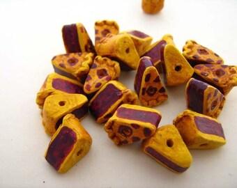 10 Tiny Berry Pie Beads - CB746
