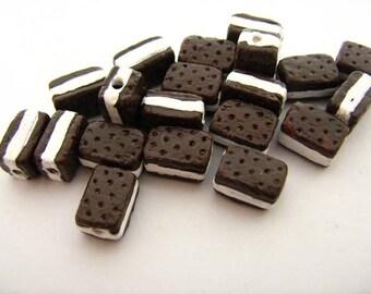 20 Tiny Ice Cream Sandwich Beads - CB735