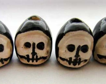 20 Ceramic Beads - Tiny Skull beads with hoods - CB573