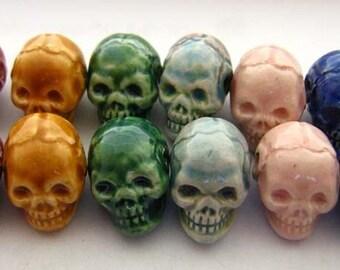 10 Tiny Skulls - mixed colors - skull, halloween, ceramic, peruvian, clay - CB600
