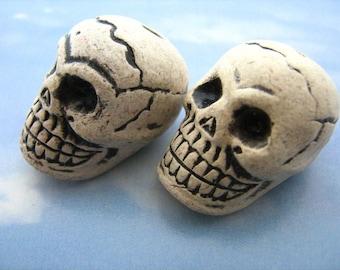 10 Large Skull Beads
