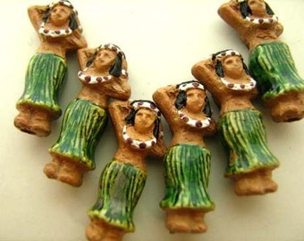 20 Tiny Hula Girl Beads - CB723
