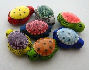 10 Tiny Multi Sea Turtle Beads - Peruvian, ceramic, animal, sea - CB706