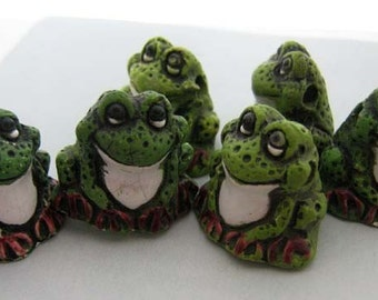 4 Large Green Frog Beads