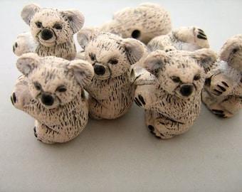 4 Large Koala Beads - LG122