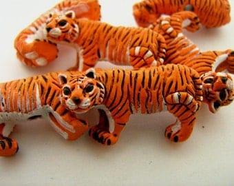 10 Large Tiger Beads - LG128